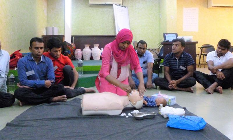 2017年11月にバングラデシュで行われた救命講習のようす